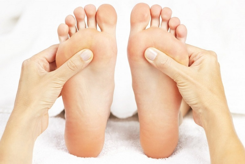 Know the foot reflexology benefits and much more!