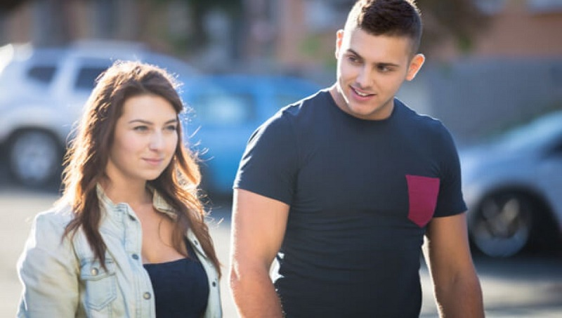 7 undeniable signs that he likes you