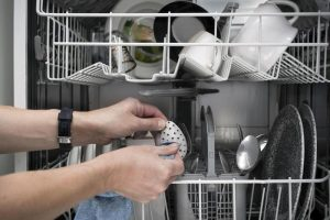 how does a dishwasher work